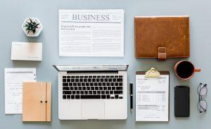 fournitures de bureau ordinateur portable journal