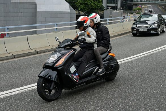 assurance scooter-voici venu le temps du comotorage