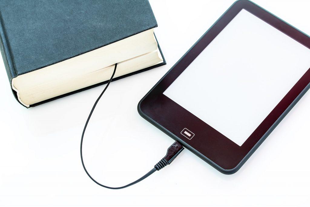 Livre papier vs livre numérique