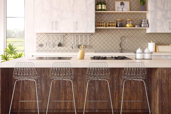 cuisine ouverte avec bar et chaises de bar