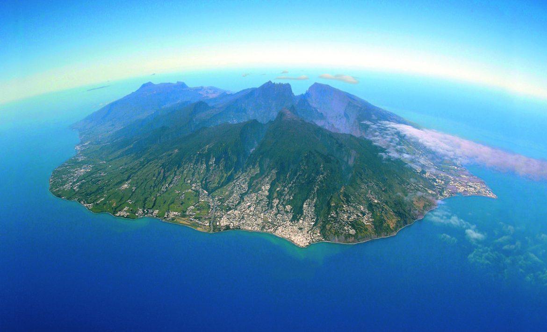 L'île de la Réunion vue du ciel